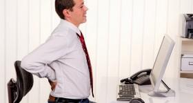Rückenschmerzen im Büro: Tipps für einen gesunden Rücken