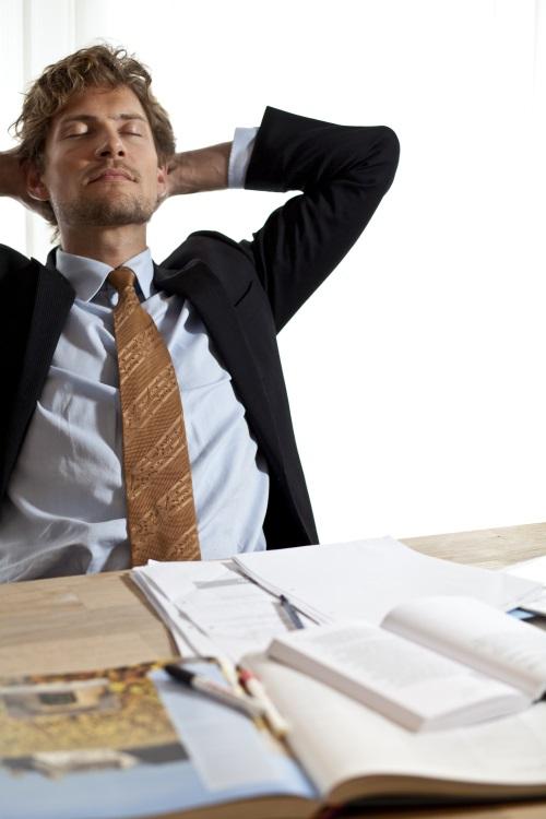 Dynamisches Sitzen sorgt für Entspannung im Büro