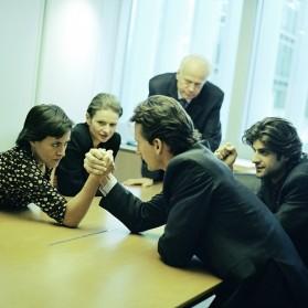 Streit im Büro: Schlechte Stimmung unter Kollegen
