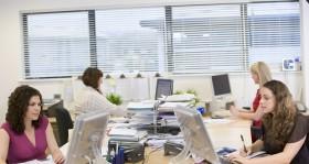 Großraumbüro heißt großes Grauen? So arbeiten Sie auch im Großraumbüro effektiv