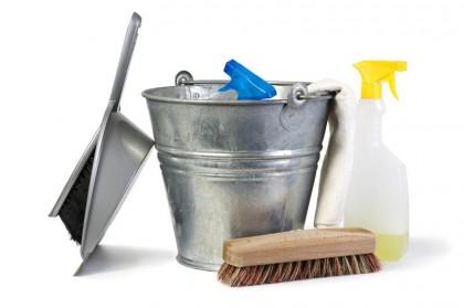 Büro putzen: 8 Tipps für einen guten Eindruck