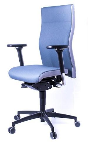 Ermüdungsfreies Sitzen mit einem dynamischen Bürostuhl