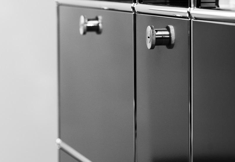 Leicht zu reinigen - Oberflächen auf Stahlmöbeln